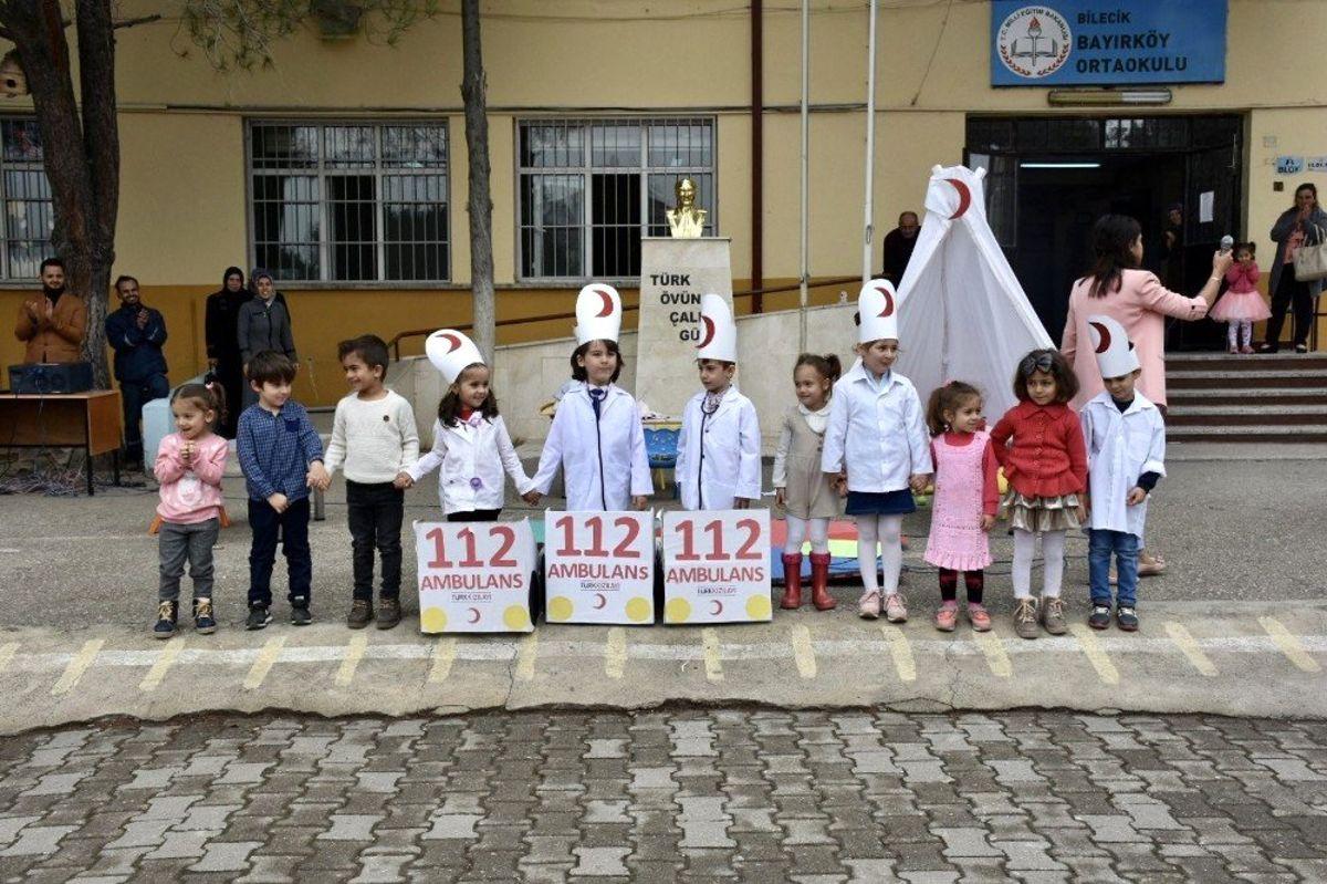 İlkokul öğrencileri Kızılay Haftasını kutladılar