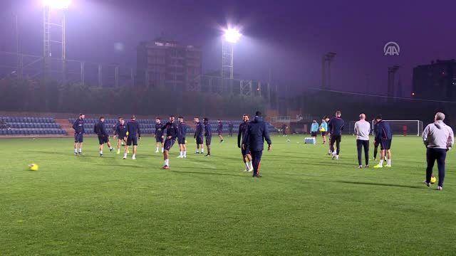 Medipol Başakşehir'de Galatasaray maçının hazırlıkları sürdü