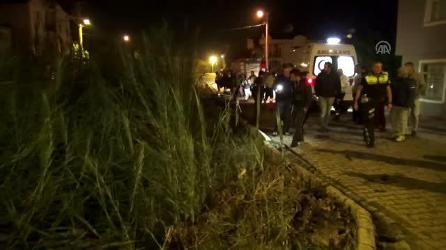 Otomobil kanala devrildi: 1 yaralı