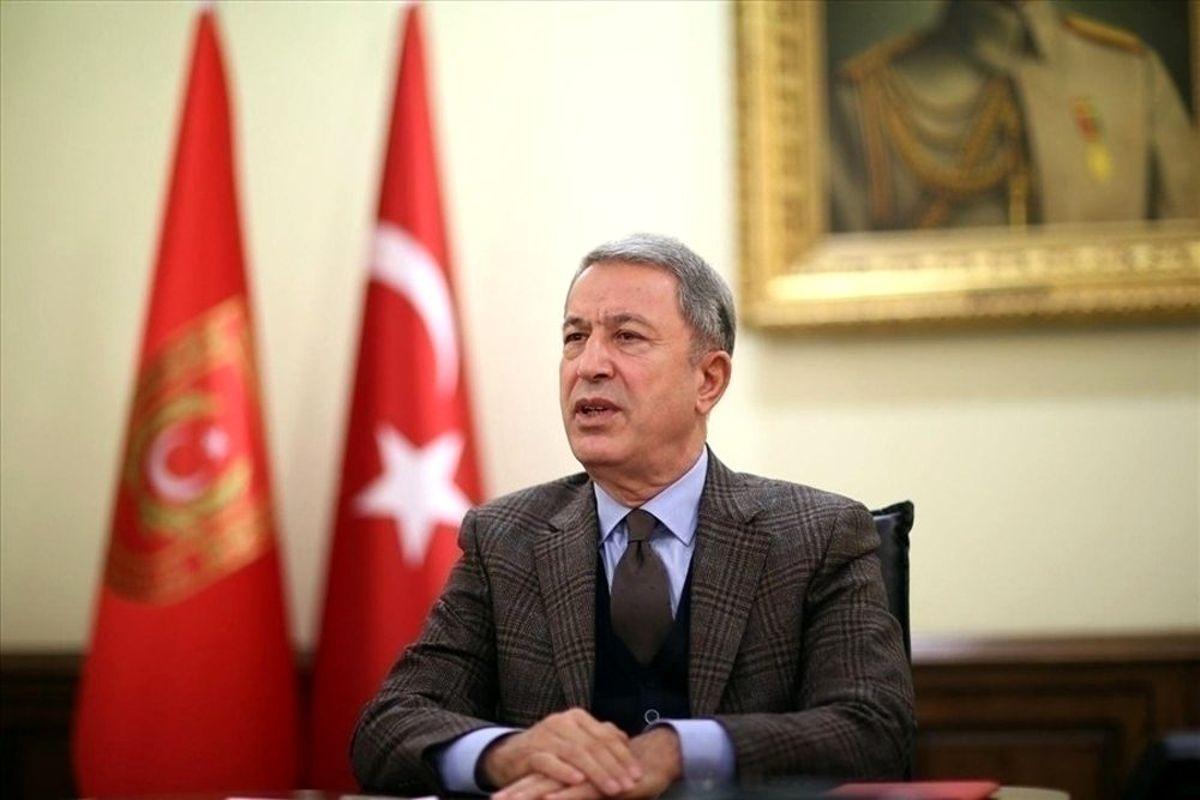 Milli Savunma Bakanı Akar'ın 24 Kasım Öğretmenler Günü Mesajı
