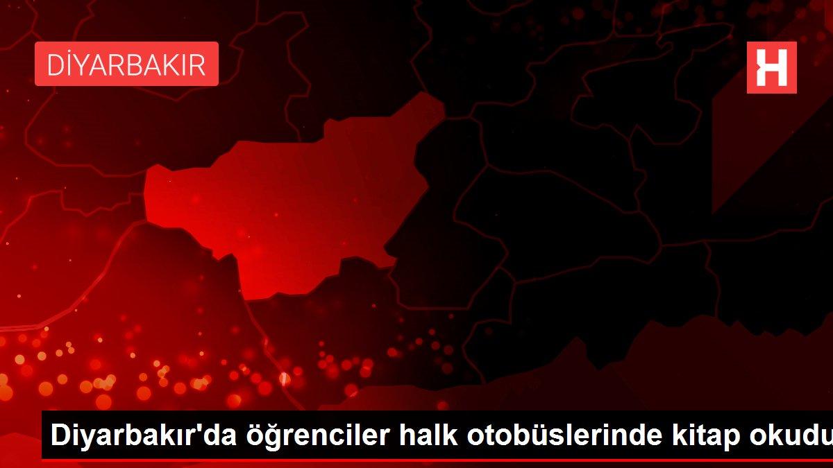 Diyarbakır'da öğrenciler halk otobüslerinde kitap okudu