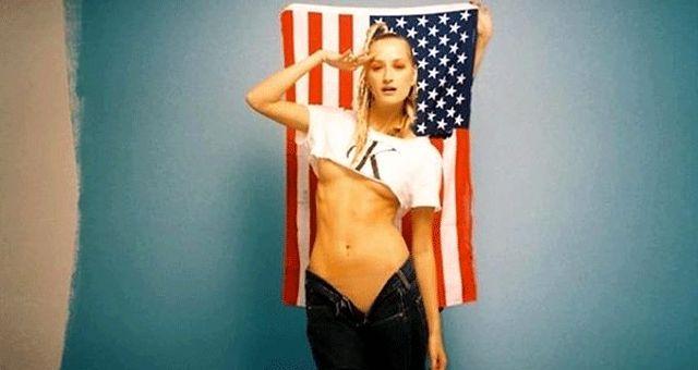 ABD bayrağının önünde yarı çıplak poz veren Didem Soydan'dan eleştirilere sert cevap
