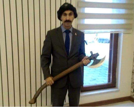 CHP ve İYİ Parti'ye hakaret eden baltalı müdüre soruşturma açıldı