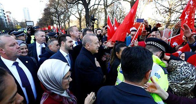 Cumhurbaşkanı Erdoğan, Londra'da büyük coşkuyla karşılandı