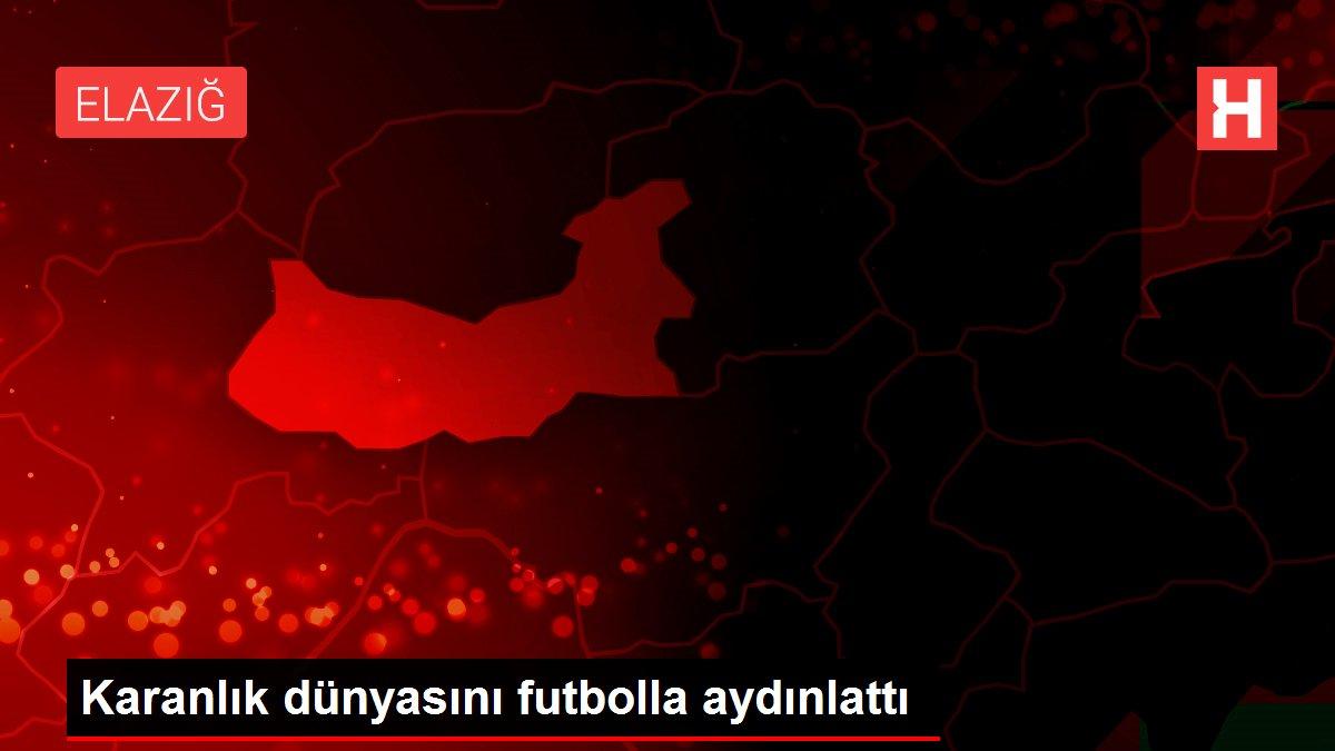 Karanlık dünyasını futbolla aydınlattı