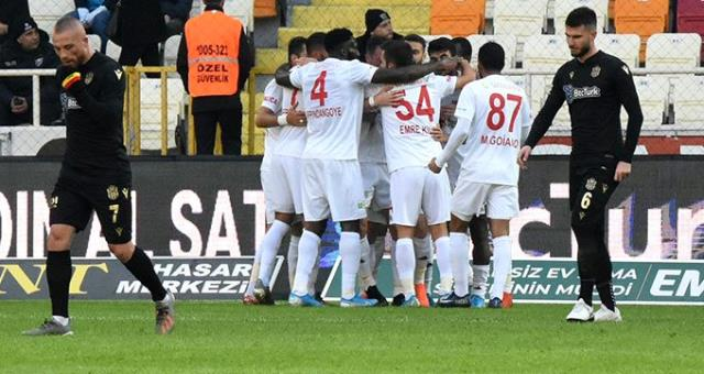 Demir Grup Sivasspor BtcTurk Yeni Malatyaspor'u 3-1 mağlup etti