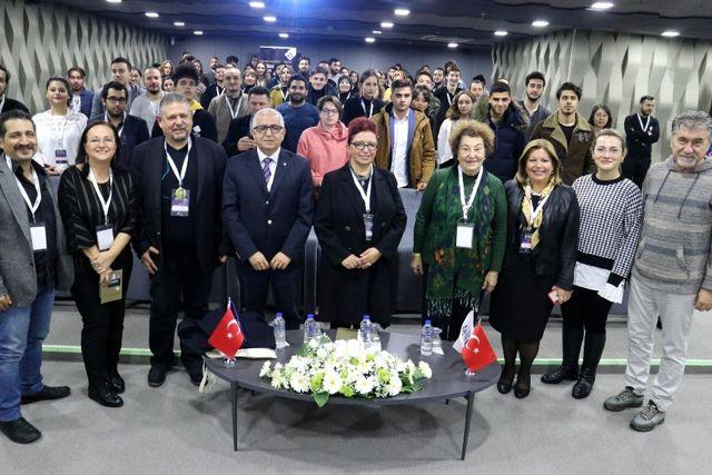 5. Altın Baklava Film Festivali ile sinemaseverler Gaziantep'te