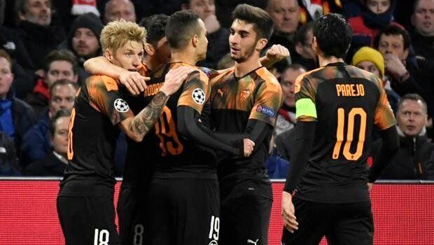 Valencia mucizeyi gerçekleştirdi