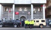 Diyarbakır sur belediye başkanı hdp'li buluttekin ile 2 meclis üyesine terör gözaltısı
