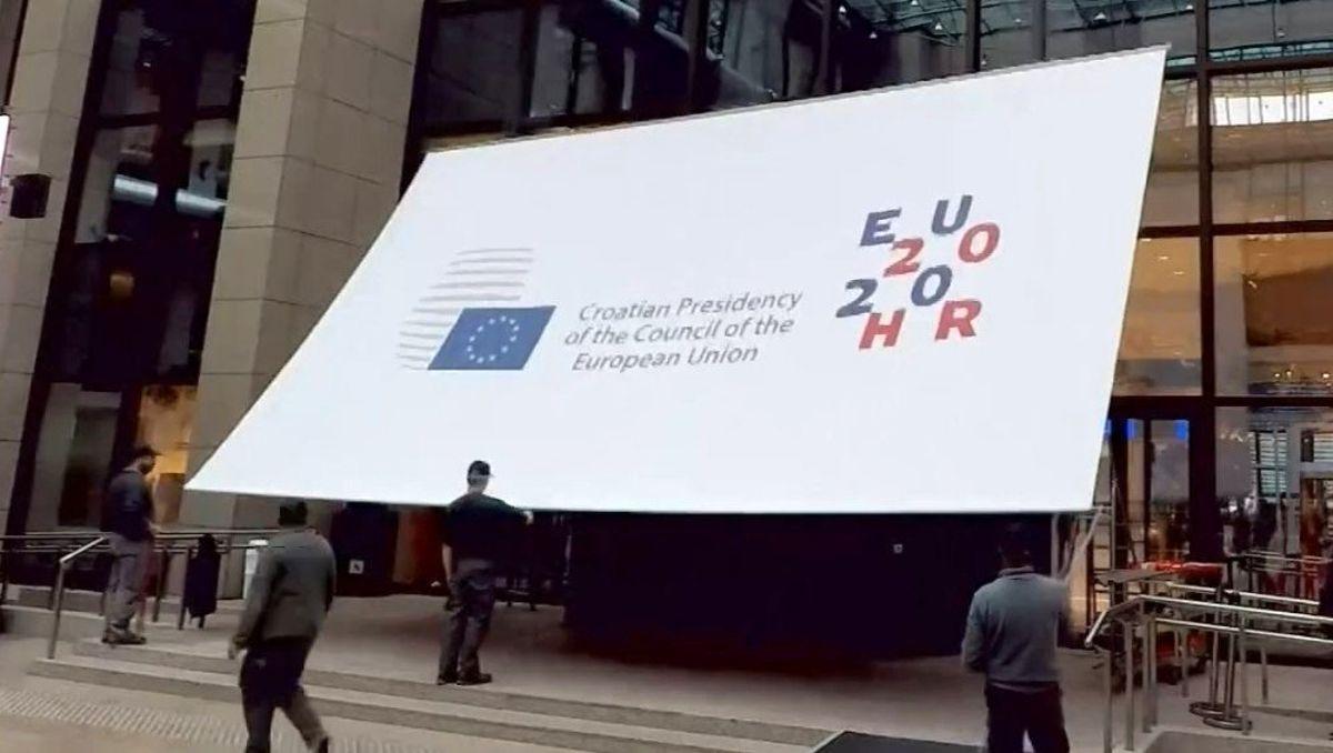 Hırvatistan'ın yeni Cumhurbaşkanı Zoran Milanoviç oldu
