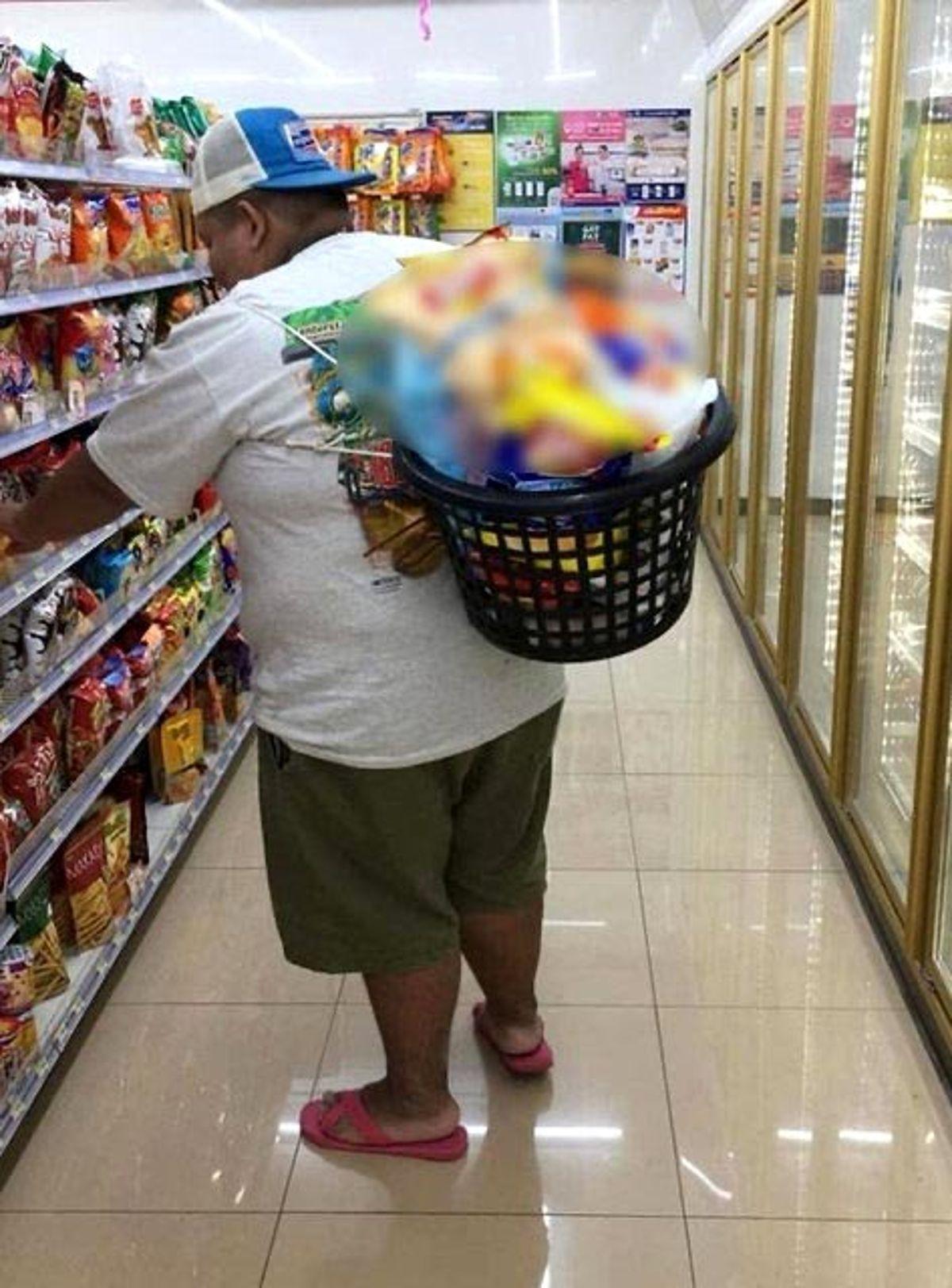 Tayland'da Poşet Yasaklandı Halk Bakın Nasıl Alışveriş Yaptı