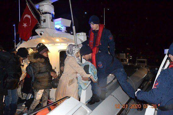 İzmir'de 253 kaçak göçmen yakalandı