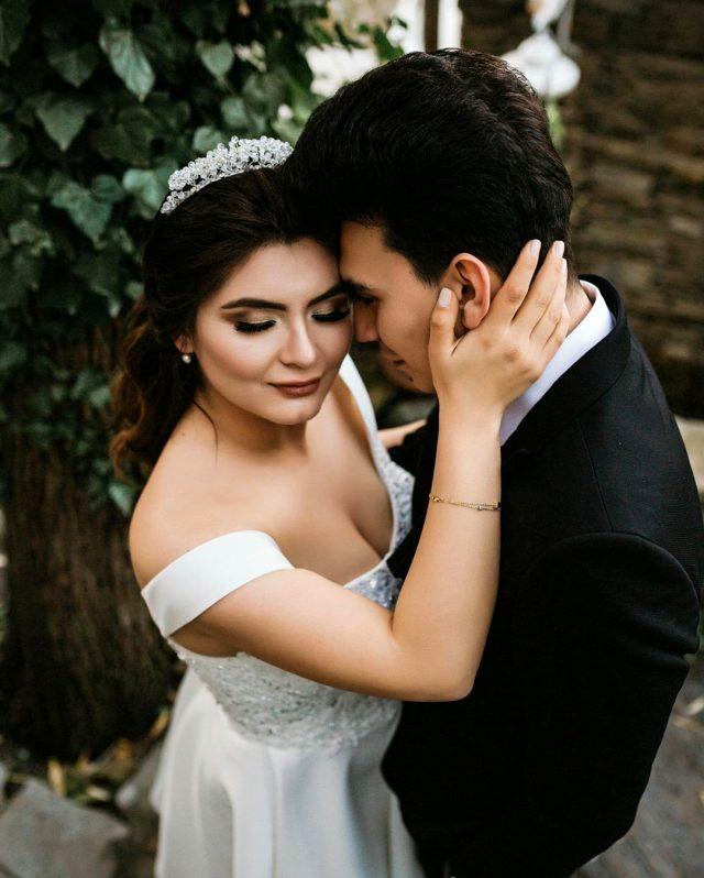 Bir aylık eşiyle olan tüm fotoğraflarını silen Hanife Gürdal, düğünü için  Trabzon'a gidiyor - Trabzon