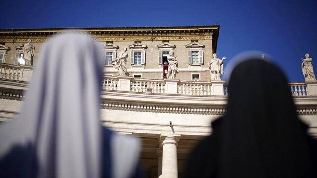 Papa Francis Vatikan'da ilk üst düzey kadın yöneticiyi atadı