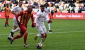 Demir Grup Sivasspor, Yeni Malatyaspor'a 2-1 yenilse de Türkiye Kupası'nda çeyrek finale yükseldi