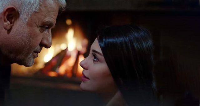 Yasak Elma'da Halit ve Leyla'nın aşk yaşaması izleyiciyi çileden çıkardı
