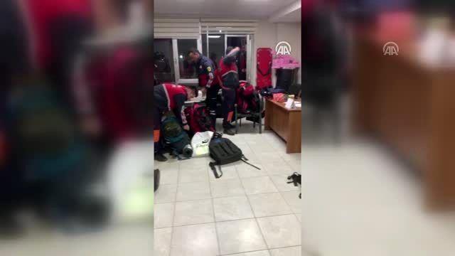 Deprem nedeniyle Elazığ ve Malatya'ya çevre illerden destek ekipler gönderildi