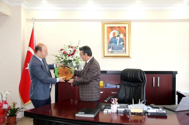 Kent Konseyi Başkanı Üstünol'dan Kaymakam Abban'a ziyaret