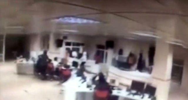 112 Çağrı Merkezi personeli, 6.8 şiddetindeki depreme rağmen görev yerini terk etmedi