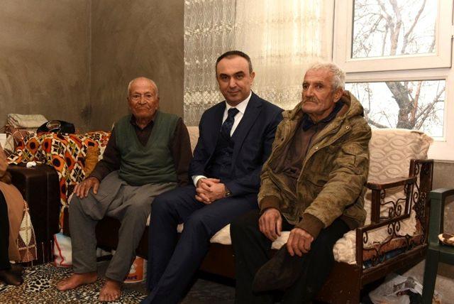 Vali Soytürk'ten Kore Gazisine ziyaret