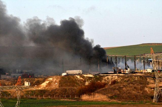Tekirdağ'da geri dönüşüm fabrikasında çıkan yangın söndürüldü