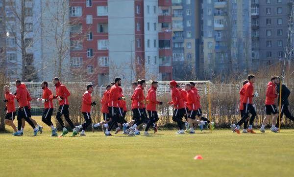 Robert Prosinecki: Göztepe maçı ile seriye başlamak istiyoruz