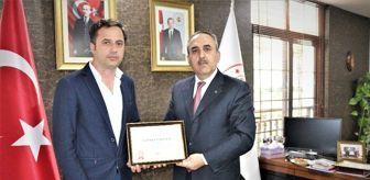 Mehmet Ballı: Sağlık Bakanlığının 'yılın hekimi' ödülünü, Mersin'de Ballı ve Serin aldı