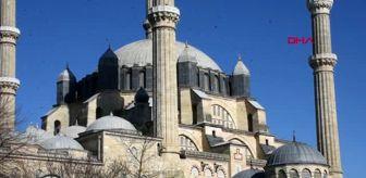 EDİRNE Selimiye'de 'cemaatsiz namaz' uygulaması başladı