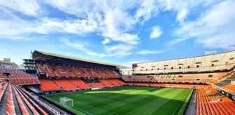 Eliaquim Mangala: Valencia Kulübü'nün yüzde 35'inde koronavirüs tespit edildi