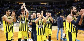 Son Dakika: Fenerbahçe'den koronavirüs açıklaması: Bir çalışanımız haricinde oyuncularımız hastaneye yatırılmadı