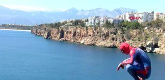 Ahmet Koca: ANTALYA Yaşlıların kolonyası 'Örümcek Adam'dan