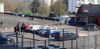 Mgk: Belçika'da atlı polislerden 'korona' denetimiSosyal mesafe kuralını atlı polisler denetliyor