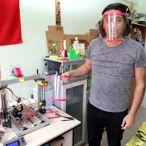 Bozok Üniversitesinde 3D yazıcı ile yüz siperliği üretimi başladı