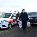 Ağrı Belediye Başkanı Sayan ihtiyaç sahibi aileye yardım etti
