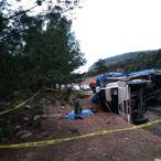 Antalya'da kamyon devrildi: 1 ölü, 1 yaralı