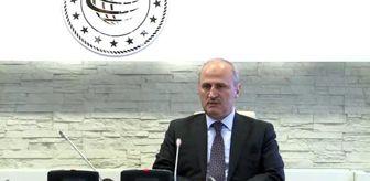 Gece yarısı görevden alınan Ulaştırma ve Altyapı eski Bakanı Turhan, görevi Karaismailoğlu'na devretti