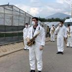 Muğla'da bando takımı evde kalanlar için konser verdi