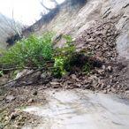 Zonguldak'ta heyelan nedeniyle kapanan mahalle yolu açıldı