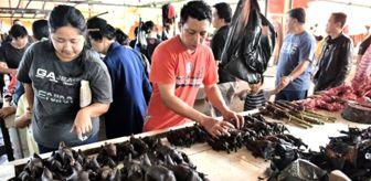 Çin uslanmıyor! Koronavirüsün ortaya çıktığı hayvan pazarları yeniden açıldı