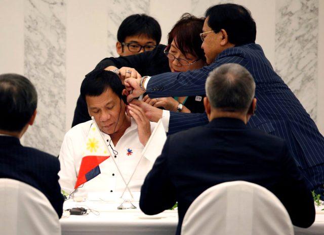 Filipinler Devlet Başkanı'ndan korona yasaklarına uymayanlara uyarı: Karşı gelen vurulacak