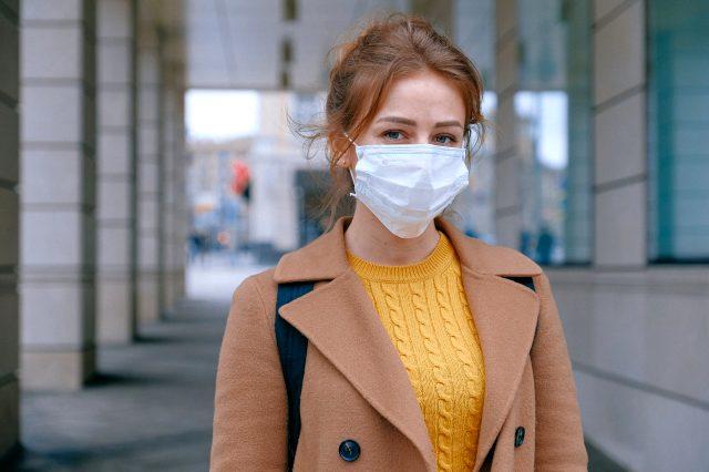 Maske nasıl takılır? Koronavirüs maskesi nasıl kullanılır? Doğru maske kullanımı nasıl olmalıdır? Maske kullanımında hijyen nasıl sağlanmalı?