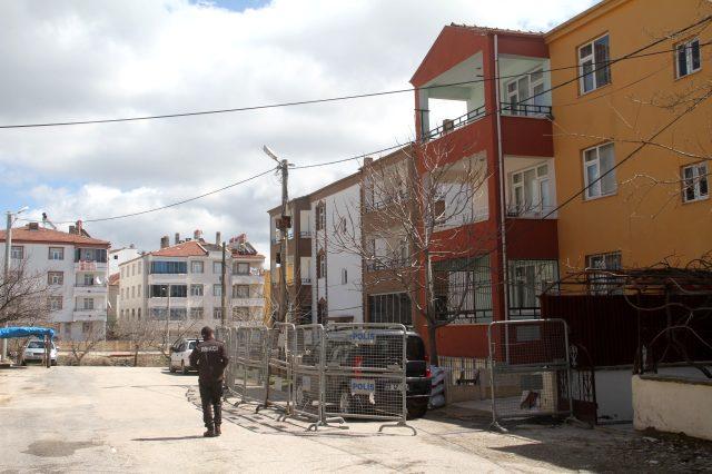 Türkiye'de 7 ilde 10 yerleşim yeri daha karantinaya alındı