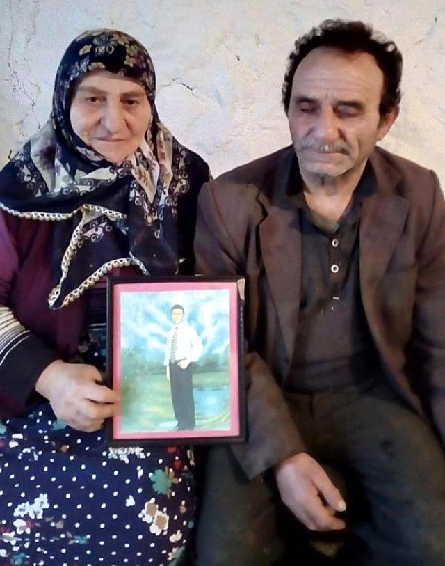 Ardahanlı damat ve akrabaları almaya gittikleri gelinle koronavirüs salgını sebebiyle Azerbaycan'da mahsur kaldı
