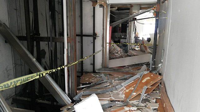 Esenyurt'ta patlamanın meydana geldiği daire harabeye döndü