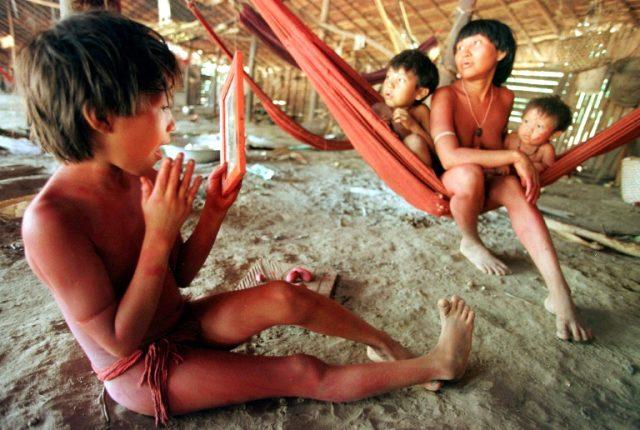 Covid-19, Amazon'da dış dünyadan izole halde yaşayan Yanomami halkına sıçradı