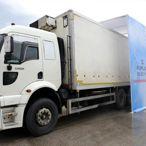 Kumluca'da toptancı haline giren tüm araçlar dezenfekte ediliyor