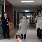 Bursa'da koronavirüsü yenen 13 aylık bebek taburcu edildi
