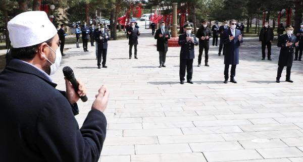 Eruzurum'da polis gününde maskeli kutlama - Haberler