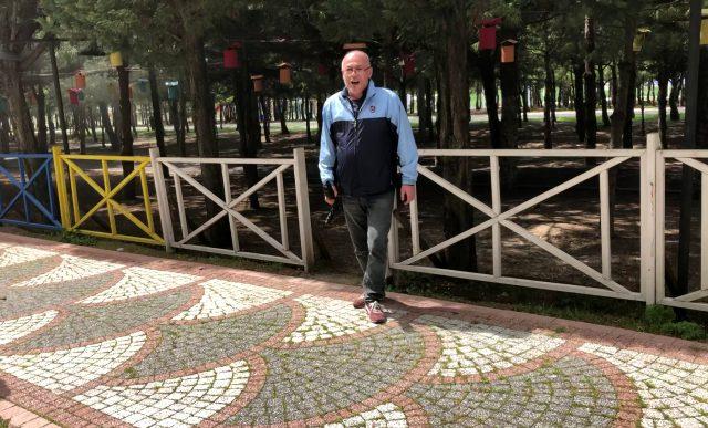 Buz pistini yakan iş adamı İmamoğlu ve Kaftancıoğlu'na yüklendi
