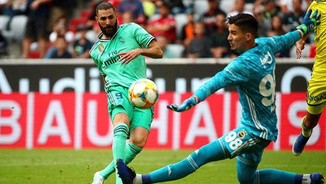 Ajax, Altay Bayındır'ı transfer listesine aldı